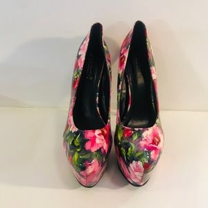 Women's Shoe Dazzle Floral Print Platform Heels